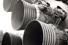 S-IC_engines_and_Von_Braun CROP
