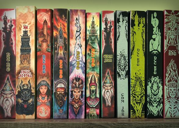 DCC_Bookshelf